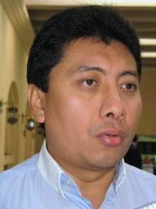 El todavía secretario general del PRI, pide candidato de unidad para Cancún