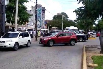 Evacúan las oficinas de la Secretaría de Relaciones Exteriores en Cancún por presunta bomba