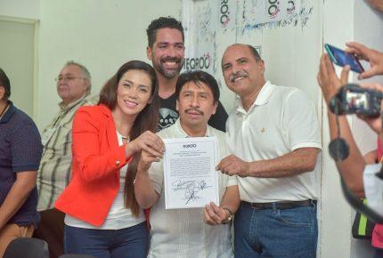 @VíctorMas recibe constancia de mayoría como presidente municipal de #Tulum