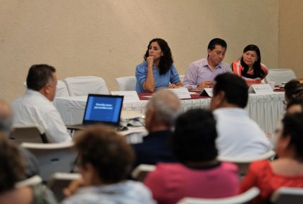 La #ReformaEducativa necesita un consenso entre autoridades, maestros y todos los mexicanos: @MarybelVillegas