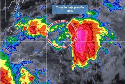 Baja presión en el #MarCaribe con 30% de probabilidad de desarrollo #ciclónico