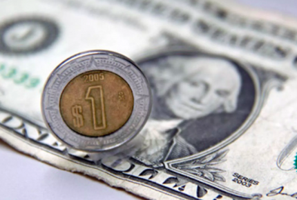 El peso se recupera frente al dólar