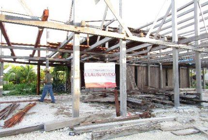 Clausura la Profeca hotel Blue Kay Resor en Mahahual