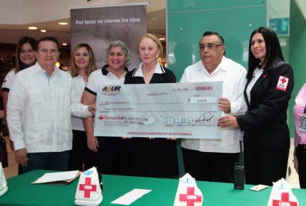 Entrega Asur donativo de 420 mil pesos a la Cruz Roja en Quintana Roo