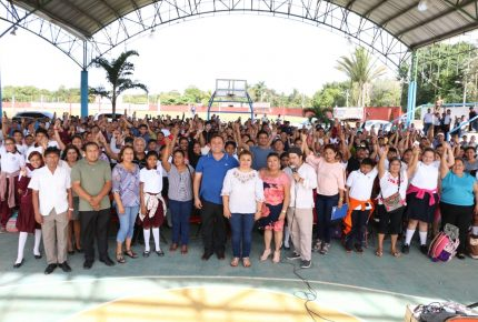 Los adolescentes y su familia prioridad en Lázaro Cárdenas