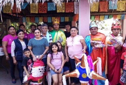 Llegan los tres Reyes Magos a Lázaro Cárdenas con piñatas y regalos con el apoyo del DIF