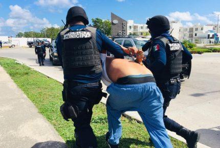 Detienen a tres sicarios tras ejecutar a una persona