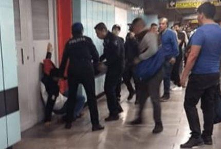 Arrojó gas pimienta dentro de un vagón del #Metro para asaltar
