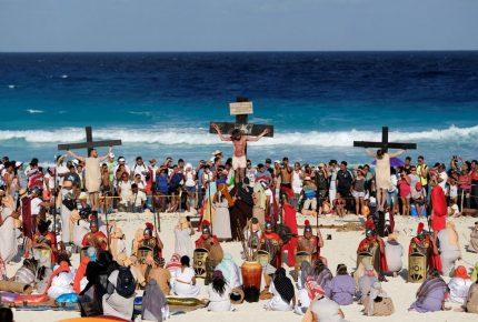 Convocan a participar como extra en Viacrucis Viviente de Cancún