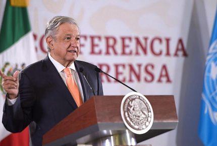 Reunión de Carlos Joaquín con AMLO divide opiniones entre empresarios turísticos de Cancún