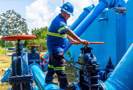 Ante temporada de huracanes Aguakán realiza mantenimiento preventivo